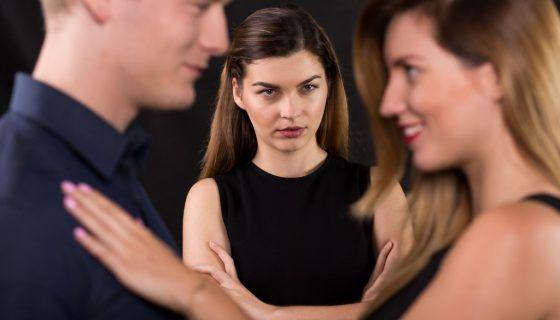 Как отвадить любовницу от мужа навсегда: сильные заговоры на забвение