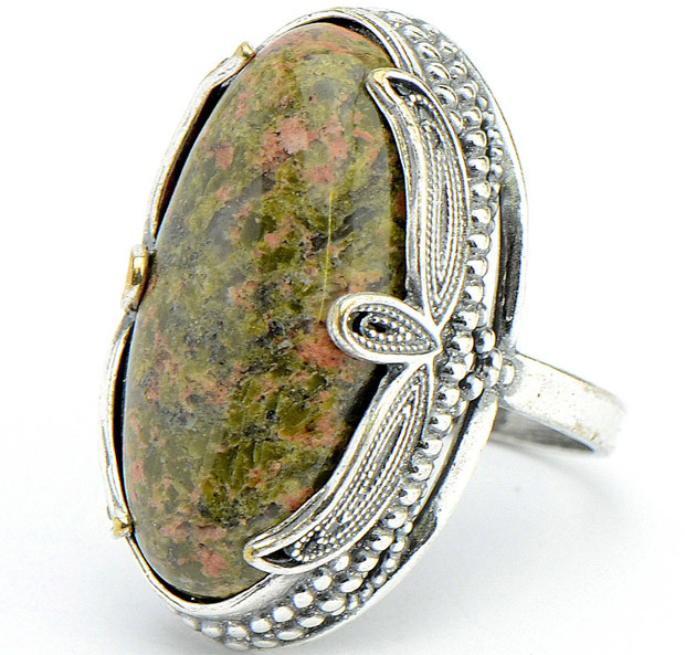 Свойства камня унакит: магческие и лечебные, как носить и ухаживать