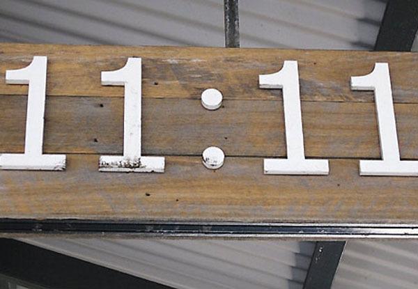 Число 81: толкование по цифрам и сумме, влияние на характер, послание ангелов