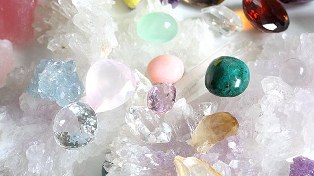 Какие камни подходят овнам: женщинам и мужчинам