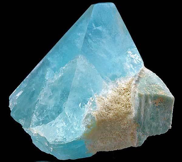 Свойства камня топаз: целебные, мистические, кому подходит по Зодиаку