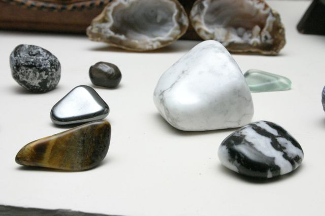 Свойства камня говлит: лечебные и магиечские, как правильно ухаживать