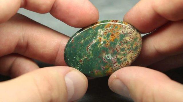 Свойства камня гелиотроп: магические, лечебные, кому подходит по гороскопу