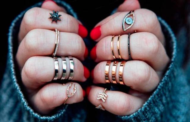 Почему нельзя дарить кольцо: девушке или парню, истоки суеверия и защита от негативной энергетики