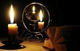 Заговор на дружбу: как читать, ритуал для очарования, последствия