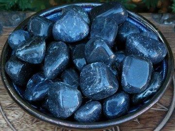 Свойства камня авантюрин: лечебные, волшебные, кому подходит по зодиаку