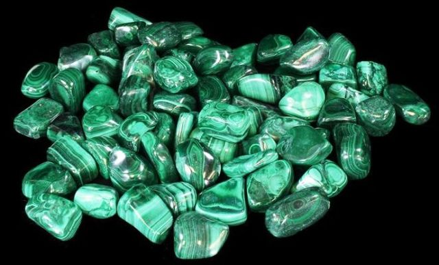 Свойства камня малахит: лечебные, магические, совместимость по имени, Зодиаку