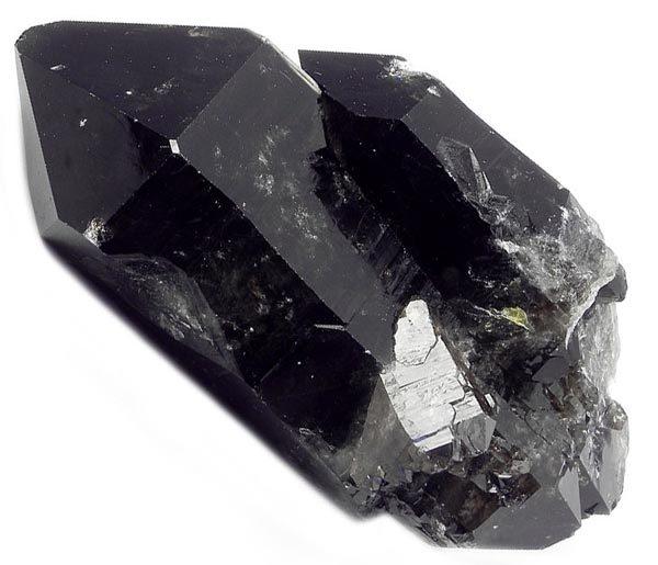 Свойства камня морион: магические, кому подходит, значение в астрологии