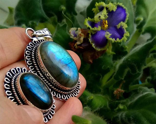 Свойства камня лабрадорит: целебные, магические, зодиакальная совместимость