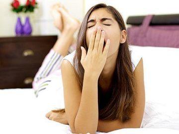 Зевалка по времени и дням недели: правдивые гадания для девушек