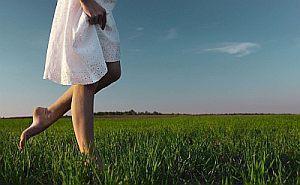 Спотыкалка по времени и дням недели: на правую и левую ноги