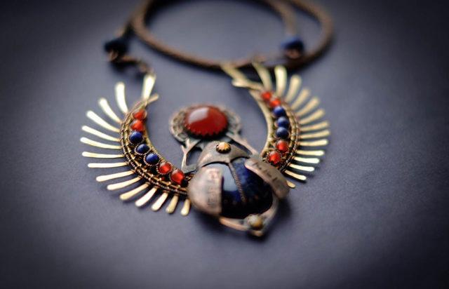 Жук скарабей: значение египетского талисмана и оберега