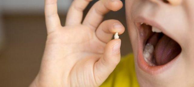 К чему выпадает, болит зуб у взрослого: дурная примета