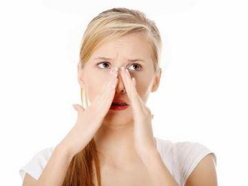Почему чешется нос: к чему случается примета