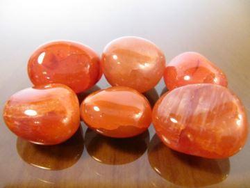 Свойства камня карнеол: мистические, лечебные, совместимость с именами