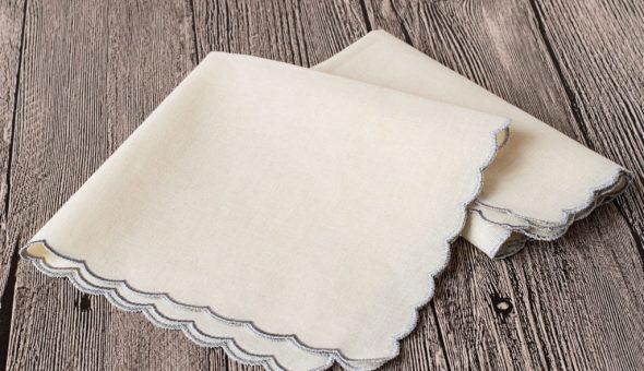 Можно ли дарить платок: приметы и их значение