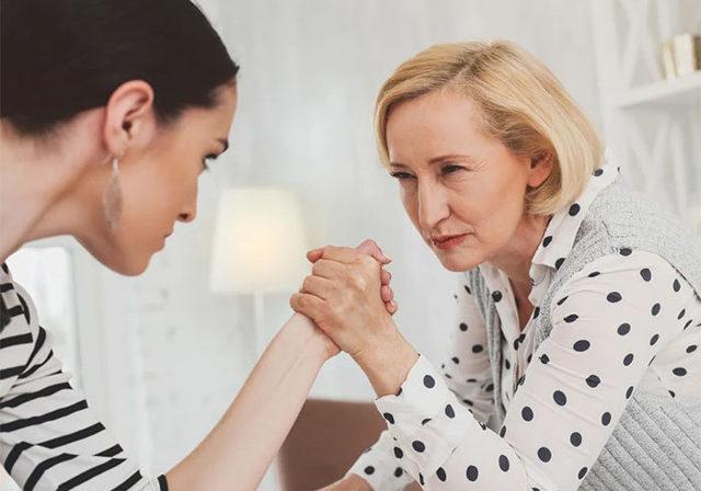 Заговор от свекрови: как отвадить от своего дома, наладить отношения